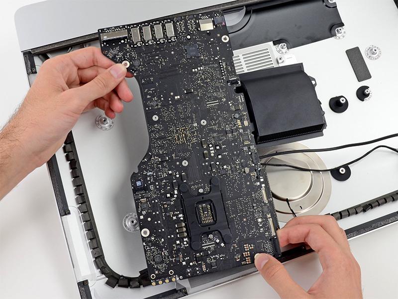 iMac Logicboard Reparatur